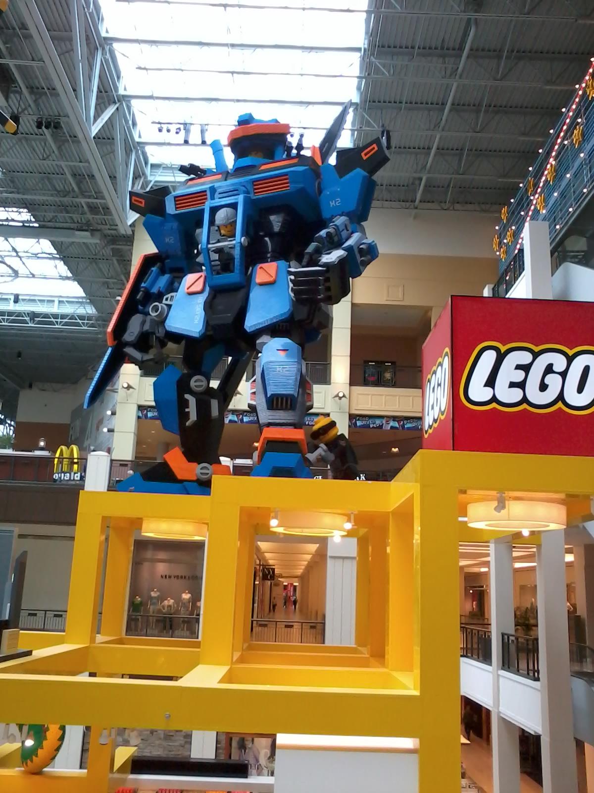 Giant LEGO-transformer