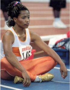 Nelli Cooman, preparing before the final of the 60 meter at the World Indoor Championships Indianapolis 1987, which she won with a margin of 0.003 seconds